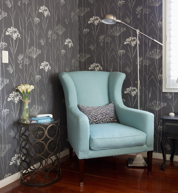 interior wall design with accent chair